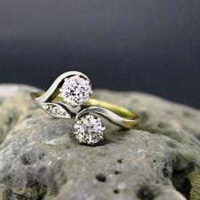 Sehr gut geschliffener Echtschmuck im Verlobungs-Stil aus Ringe