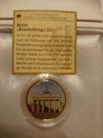 2 Euro Farbmünce  Brandenburger Tor  mit reinstem Gold 999/1000 veredelt.