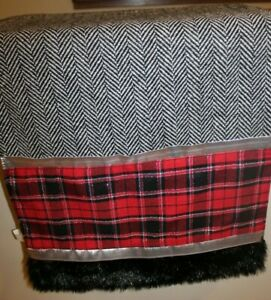 """Luxury Faux Fur Soft Christmas Table Runner 72"""" NWOT Home Decor Black Red plaid"""