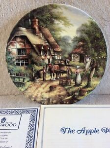WEDGEWOOD Collectors Plate LIMITED EDT By Chris Howells The Apple Pickers Plate
