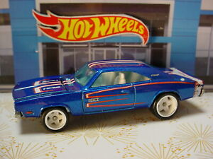 Hot Wheels Phils Garage Chase '69 DODGE CHARGER ☀blue;white☀real riders☆Loose☆