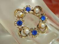 Very X Pretty Vintage 1960's Blue Rhinestone Faux Pearl Gold Tone Brooch  325J