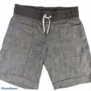 Athleta Women's Gray Linen Draw String Waist Shorts With Cuffed Hem And Pockets