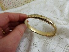 Traditional 9ct 9carat Yellow Gold Bangle with clasp 10mm width 14.3 grams