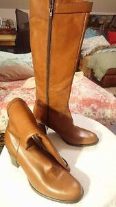 GASTONE LUCIOLI light brown/brandy knee high size 41 Italy brand new