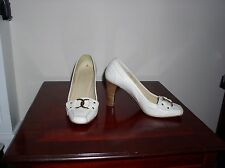 CREAM LEATHER BLOCK HEEL COURT SHOES FROM NEXT SIZE 7