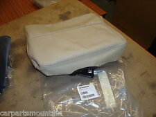 NEW GENUINE VOLVO CREAM LEATHER CHILDSEAT COVER PART NO:39989668 FITS V70/XC70++