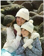 LAIDES/GIRLS~HAT/MITTENS ~ARAN~CABLE~KNITTING PATTERN SIZE         (Z61)