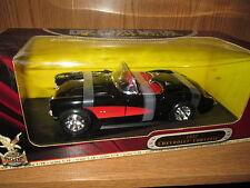 corvette 57 black w/ red trim  new yat ming road signature 1957 1/18