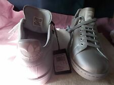ADIDAS RAF SIMONS STAN SMITH SILVER SPORT STYLE SIZE US 9 SHOES NEW IN BOX