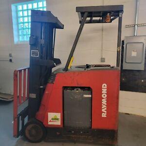 Raymond R35-C35TT 3500lbs Used Forklift W/ Triple Mast  Electric