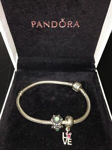 Pandora bracelet sterling silver 925 2 charms love and green flower Box Pouch