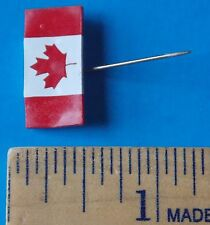 CANADIAN MAPLE LEAF PIN