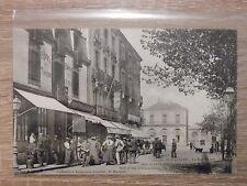 CPA - St-Nazaire La rue Thiers dans sa partie aboutissante à la place de la gare