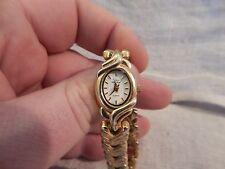 Oscar de la Renta Ladies Watch Gold Tone