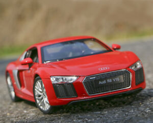 WELLY 1:24 Diecast Alloy Racing Sports Car Model For Audi R8 V10 Men Gift no box