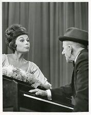 JIMMY DURANTE ROBERTA PETERS THE HOLLYWOOD PALACE ORIGINAL 1964 ABC TV PHOTO