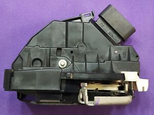 Door lock latch actuator Ford Fiesta Edge Fusion MKX MKZ Rear right passenger OE