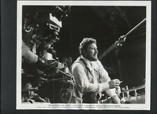 PETER USTINOV DIRECTS ON SET - 1961 ROMANOFF + JULIET - COLD WAR SATIRE