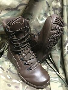 British Army Issue - Brown YDS Swift Temperate Boots!Size 7.5 M! Hardly Worn!
