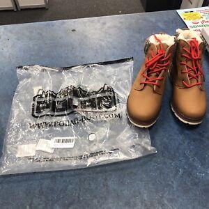 Womens  Polar  Boots size uk 5
