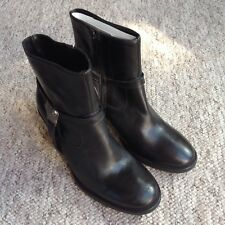 Riva Black Leather Ankle Boots UK4