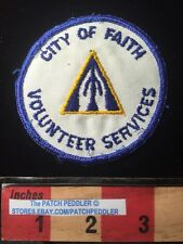 Vtg. Christian Jacket Patch CITY OF FAITH VOLUNTEER Praying Hands Logo 61Z4