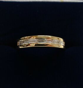 Fine 0.31ct Diamond Band 750 (18ct) Yellow Gold - Baguette Cut - Size M 1/2