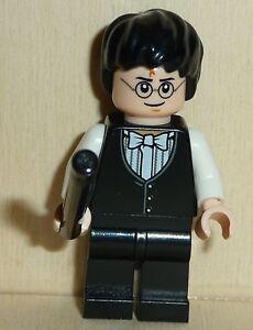Nr.3522 Lego hp125 Minifig  Harry Potter light flesh mit schwarzem Zauberstab