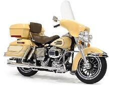 Tamiya 16040 1/6 Scale Motorcycle Model Kit Harley Davidson FLH Classic