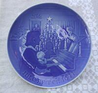 "Bing & Grondahl of DENMARK  1971 Christmas Plate ""Christmas at Home"""