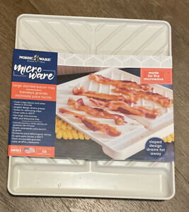 Nordic Ware Microwaveable Slanted Bacon Tray/Food Defroster. Made In The USA.