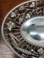 Fine quality pair of silver baskets with wheat sheaf decoration Sheffield 1898