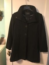 Gorgeous women's black 100% wool Tahari lined jacket size 10! Great Condition!!