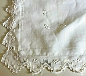 Vintage White Pillow Sham with Embroidery and Openwork Lace VV758
