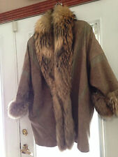 WOMEN'S  TAN  LEATHER  FUR  SIZE  M-LARGE=XL= BEAUTIFUL WARM COAT=MADE IN INTALY