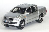VW Amarok Pick-Up Doppelkabine 2011 Sammlermodell silber metallic 1:43 BBURAGO