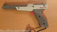 Nes Zapper Gun Buen Estado Oficial Nintendo pistola de luz gris