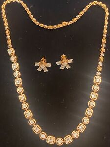 Pave 2.01 Cts Natural Diamonds Necklace Earrings Set In 585 Stamped 14Karat Gold