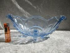 ART DECO - Pressglasschale - blau - auf 4 Füßchen stehend -