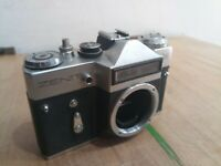 Zenit Em 35mm SLR Camera Body M42 Mount