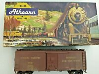 HO scale Athearn Union Pacific 40' box car weathered  UP 194241  vintage  custom