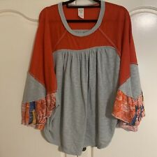 FREE PEOPLE Grey Red Butterfly Sleeve Top M