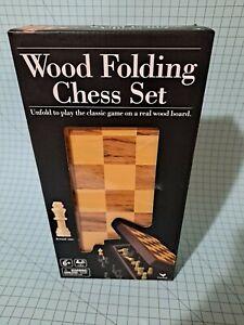 Wood Folding Chess Set B20