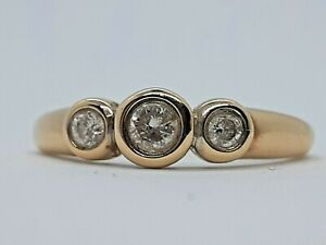 Vintage - 9ct Yellow Gold, 3 Diamond Ring