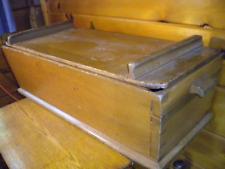 Antique Vtg Dough Box with Lid / Primitive Wood Dovetail Corners