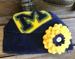 Michigan Wolverines Fleece Flower Hat Sizes Newborn Baby Girls 3-6-12-24 months