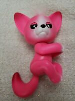 WowWee Fingerlings - Interactive Baby Fox - Kayla (Hot Pink)