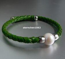 Peppiger Armreif Armsspange * Leder mit Perle * Grün * Stahl