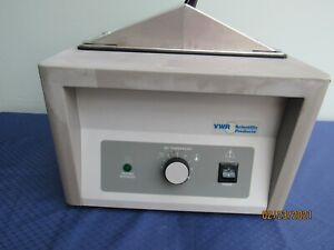 VWR Sheldon Hot Heated Water BathModel 1202 6L working nicely and GUARANTEED